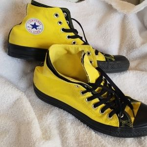 Super fun custom Converse hi tops ... size 10